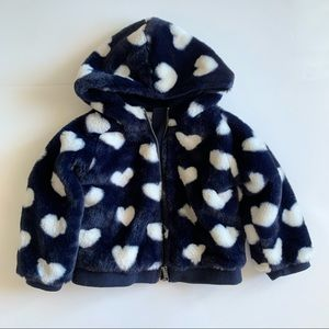 Nula Bug Faux Fur heart coat with hood size   .3T